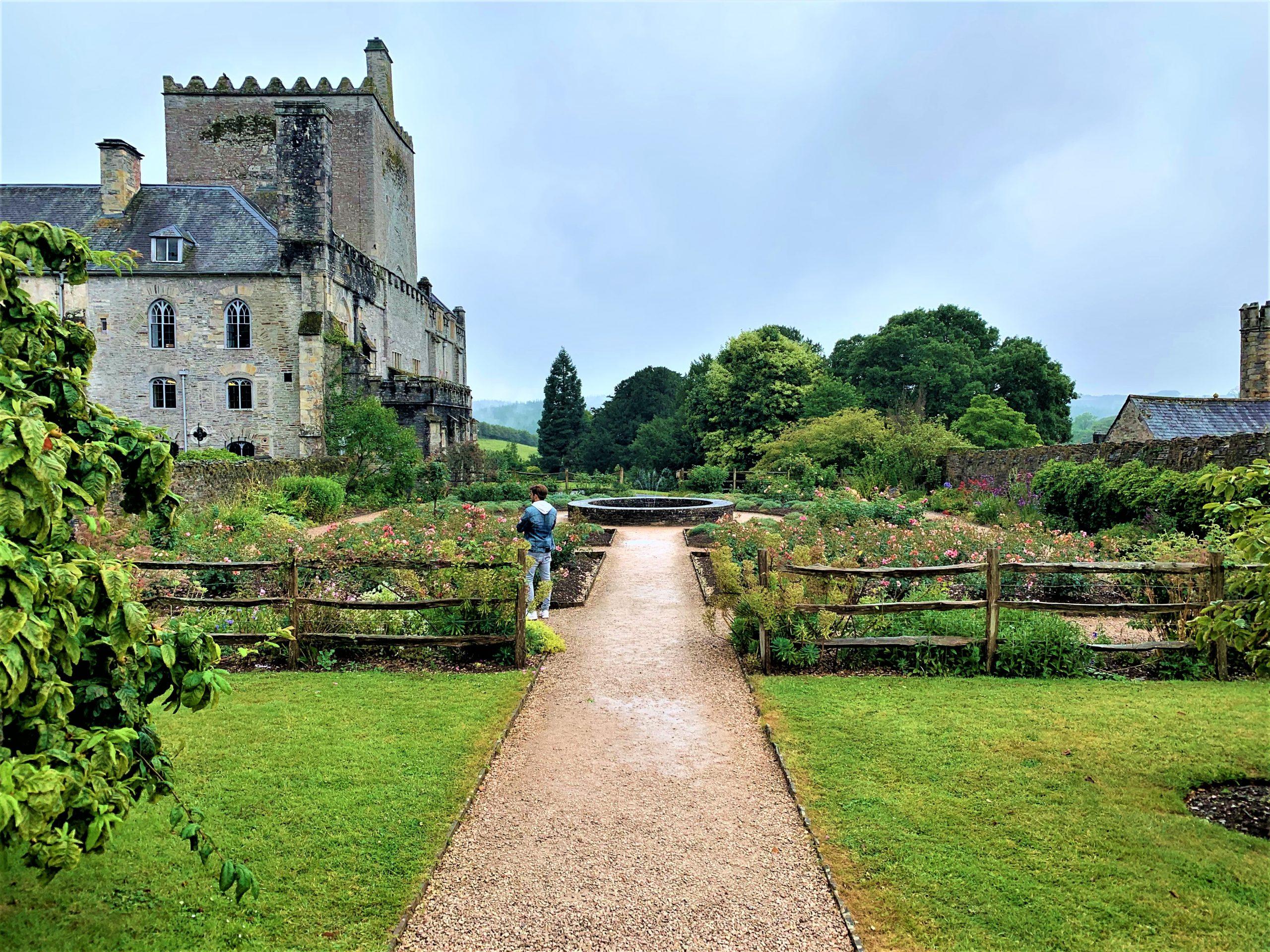 EgoSumArt visits Sir Francis Drake and Rembrandt at Buckland Abbey, Devon